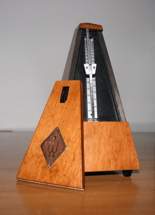 Wooden_Metronome